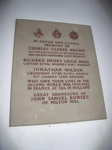 Richard-Maul-Captain-of-the-Royal-Marines-commemorative-plaque