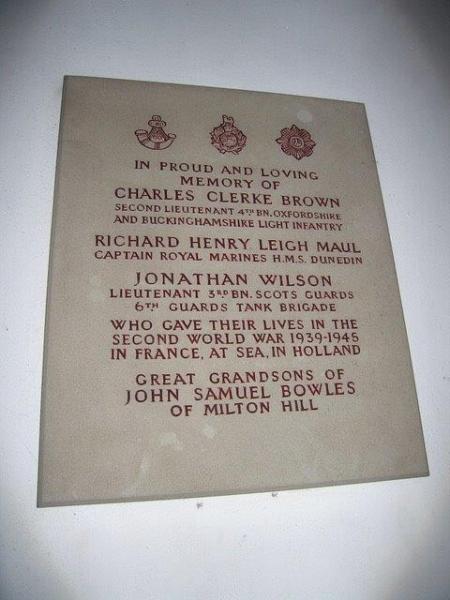 Richard-Maul-Captain-of-the-Royal-Marines-commemorative-plaque